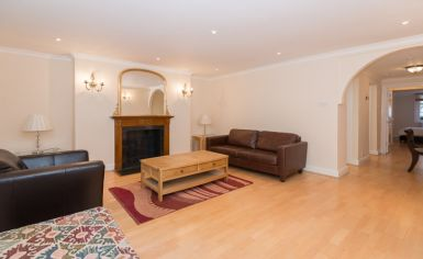 1 bedroom(s) flat to rent in Brompton Square, Knightsbridge, SW3-image 5