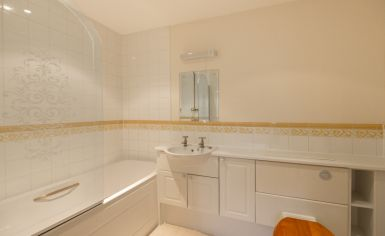 2 bedroom(s) flat to rent in Royal Westminster Lodge, Elverton Street, Victoria, SW1-image 5