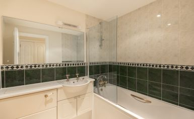 2 bedroom(s) flat to rent in Royal Westminster Lodge, Elverton Street, Victoria, SW1-image 6