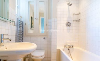 1 bedroom(s) flat to rent in The Marlborough, Walton Street SW3-image 5