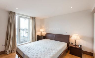 2 bedroom(s) flat to rent in Baker Street, Marylebone, NW1-image 3