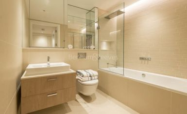Studio flat to rent in Kensington Gardens Square, Bayswater, W2-image 6