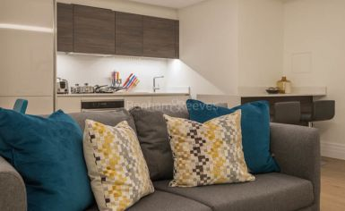 Studio flat to rent in Kensington Gardens Square, Bayswater, W2-image 9