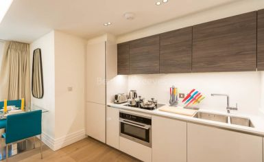 Studio flat to rent in Kensington Gardens Square, Bayswater, W2-image 11