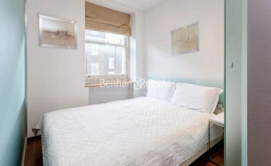 Studio flat to rent in Upper Berkeley Street, Hyde Park, W1H-image 3
