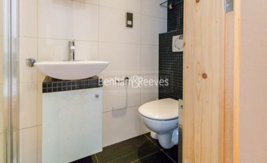 Studio flat to rent in Upper Berkeley Street, Hyde Park, W1H-image 7