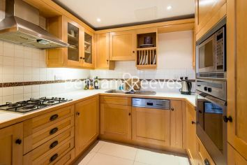 2 bedroom(s) flat to rent in South End Row, Kensington, W8-image 2