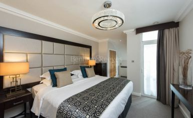 Studio flat to rent in Stanhope Gardens, Kensington, SW7-image 4