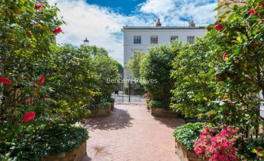 3 bedroom(s) flat to rent in Pitt Street, Kensington, W8-image 5