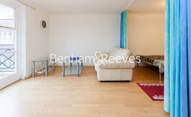 Studio flat to rent in Brompton Park Crescent, Kensington, SW6-image 7