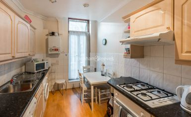 2 bedroom(s) flat to rent in Marloes Road, Kensington, W8-image 3