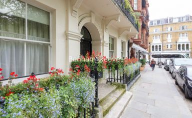 2 bedroom(s) flat to rent in Kensington Square, Kensington, W8-image 5