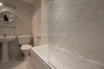 2 bedroom(s) flat to rent in Marloes Road, Kensington, W8-image 8
