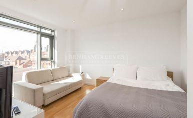 Studio flat to rent in Avonmore Place, Kensington, W14-image 1