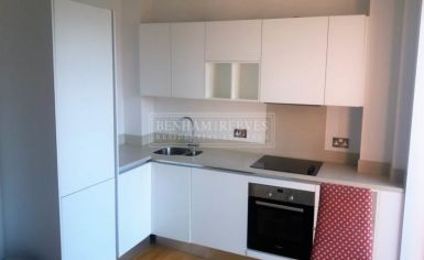 Studio flat to rent in Avonmore Place, Kensington, W14-image 3