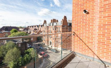 Studio flat to rent in Avonmore Place, Kensington, W14-image 6