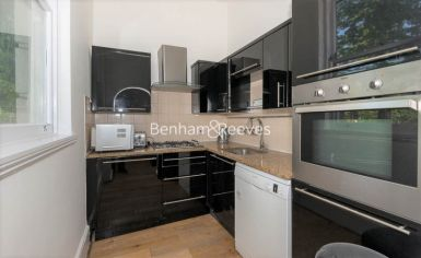 3 bedroom(s) flat to rent in Holland Road, Kensington, W14-image 2