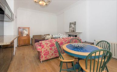 3 bedroom(s) flat to rent in Holland Road, Kensington, W14-image 3