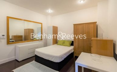 Studio flat to rent in Cornwall Gardens, Kensington, SW7-image 2