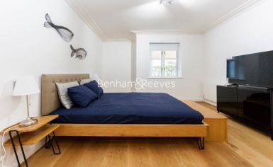3 bedroom(s) flat to rent in Kensington Green, Kensington, W8-image 13
