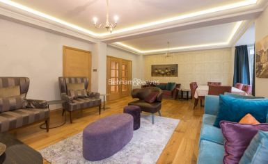 3 bedroom(s) flat to rent in Marlborough Court, Pembroke Road, W8-image 16