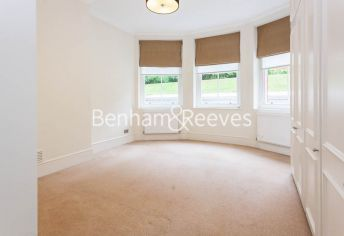 3 bedroom(s) flat to rent in Kensington Court Mansions, Kensington, W8-image 9