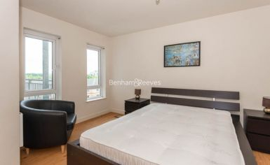 1 bedroom(s) flat to rent in Heritage Avenue, Beaufort Park, NW9-image 3