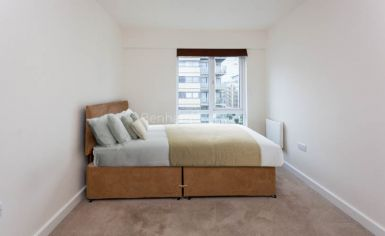 2 bedroom(s) flat to rent in Heritage Avenue, Colindale, NW8-image 6