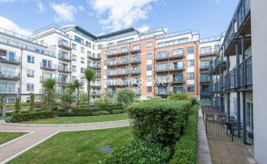 2 bedroom(s) flat to rent in Heritage Avenue, Colindale, NW9-image 9