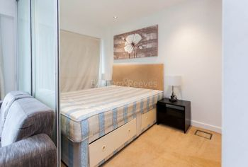 Studio flat to rent in East Drive, Colindale, NW9-image 4