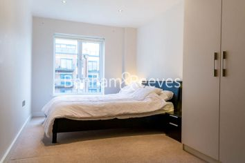 2 bedroom(s) flat to rent in Curtiss House, Heritage Avenue, NW9-image 2