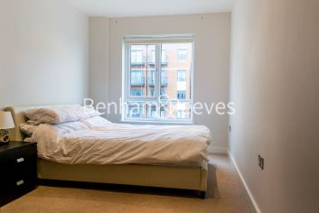 2 bedroom(s) flat to rent in Curtiss House, Heritage Avenue, NW9-image 5