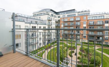 2 bedroom(s) flat to rent in Curtiss House, Heritage Avenue, NW9-image 8