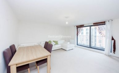 2 bedroom(s) flat to rent in The Pulse, Colindale, NW9-image 1