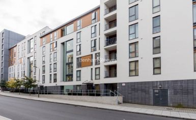 2 bedroom(s) flat to rent in The Pulse, Colindale, NW9-image 8