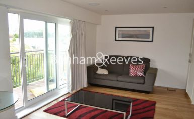 Studio flat to rent in Beaufort Park, Colindale, NW9-image 4