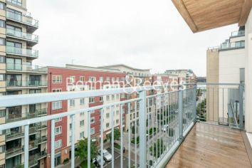 2 bedroom(s) flat to rent in Heritage Avenue, Beaufort Park, NW9-image 5