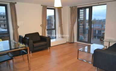 2 bedroom(s) flat to rent in The Pulse, Colindale, NW9-image 2