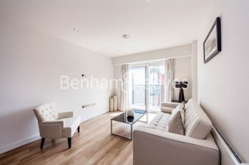 2 bedroom(s) flat to rent in Commander Avenue, Colindale, NW9-image 1