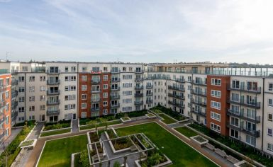 3 bedroom(s) flat to rent in East Drive, Colindale, NW9-image 11