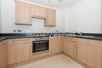 2 bedroom(s) flat to rent in Joslin Avenue, Colindale, NW9-image 2