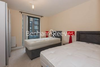 2 bedroom(s) flat to rent in Joslin Avenue, Colindale, NW9-image 3