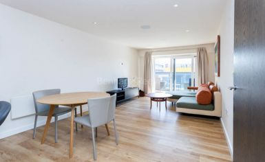 1 bedroom(s) flat to rent in Aerodrome Road, Colindale, NW9-image 2