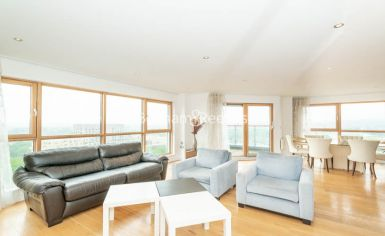 3 bedroom(s) flat to rent in Heritage Avenue, Colindale, NW9-image 11