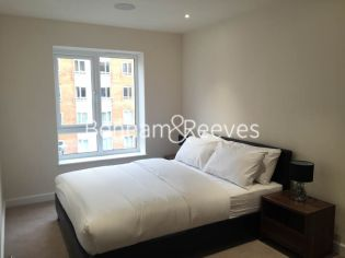 1 bedroom(s) flat to rent in Bouleverd Drive, Colindale, NW9-image 3