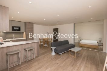 Studio flat to rent in Aerodrome Road, Colindale, NW9-image 2