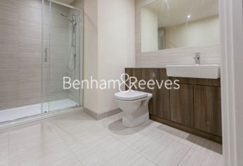 Studio flat to rent in Beaufort Square, Colindale, NW9-image 4