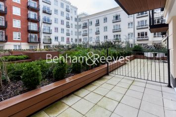 Studio flat to rent in Beaufort Square, Colindale, NW9-image 5
