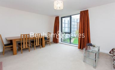 1 bedroom(s) flat to rent in Needleman Close, Beaufort Park, NW9-image 3