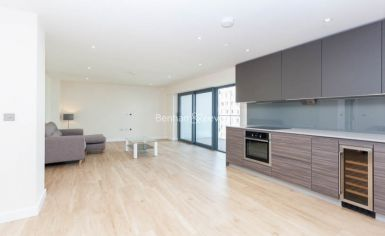 2 bedroom(s) flat to rent in Beaufort Square, Colindale, NW9-image 16